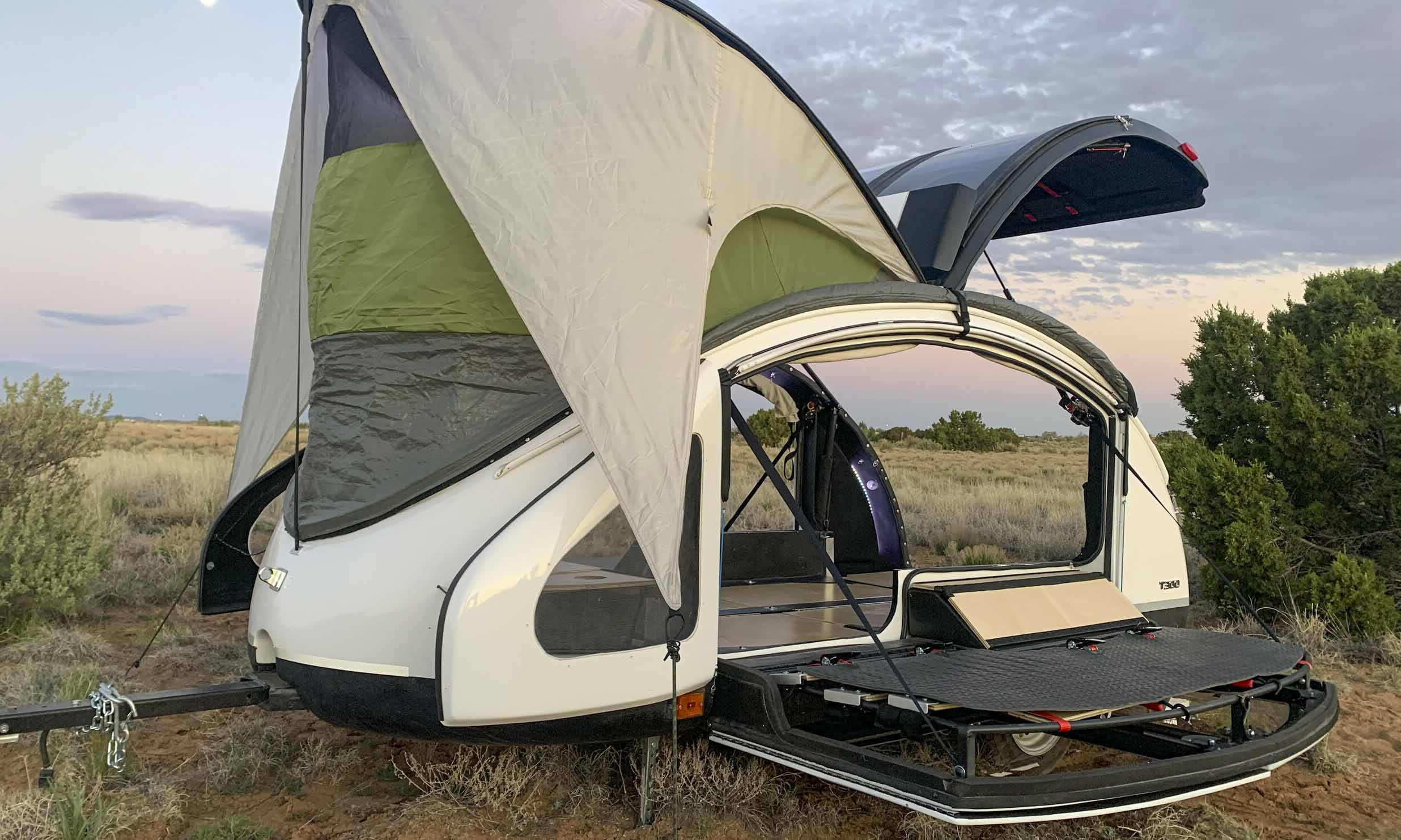 © Earth Traveler Teardrop Trailers