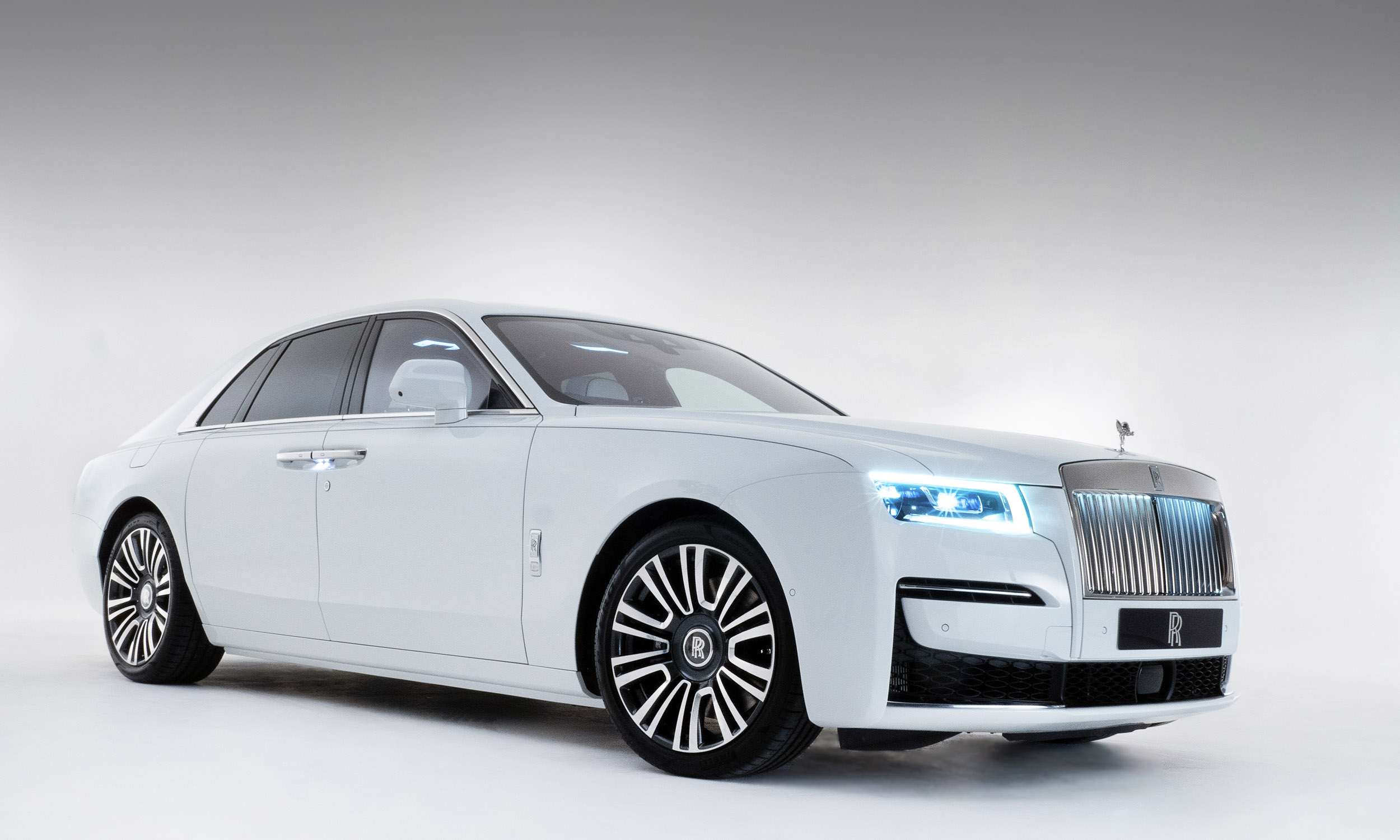 Rolls Royce Ghost First Look Our Auto Expert