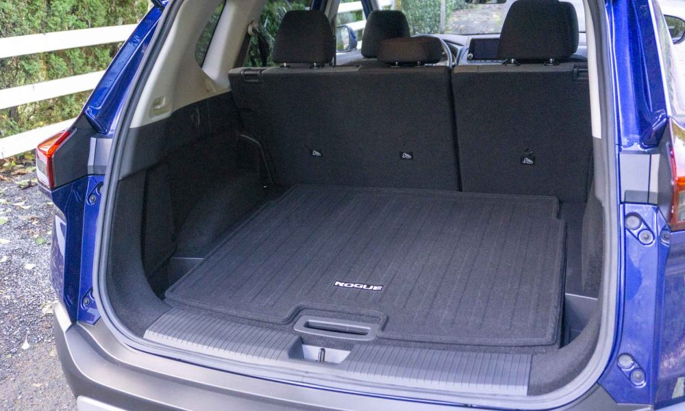 2021 Nissan Rogue trunk space