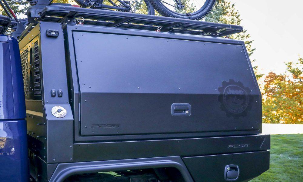 Jeep-Gladiator-Top-Dog-Concept