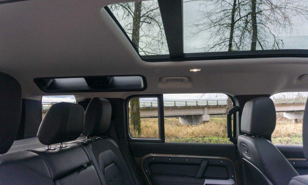 2020 Land Rover Defender sunroof