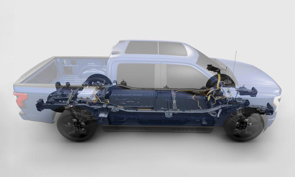 2022-Ford-F-150-Lightning duel motors