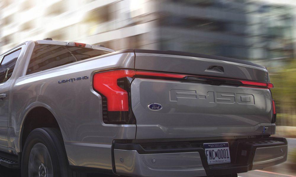 2022 Ford F-150 Lightning tail lights